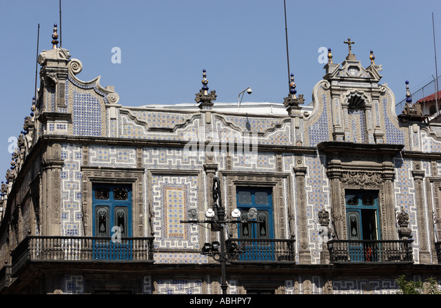 Department store exterior stock photos department store for Casa de los azulejos en mexico