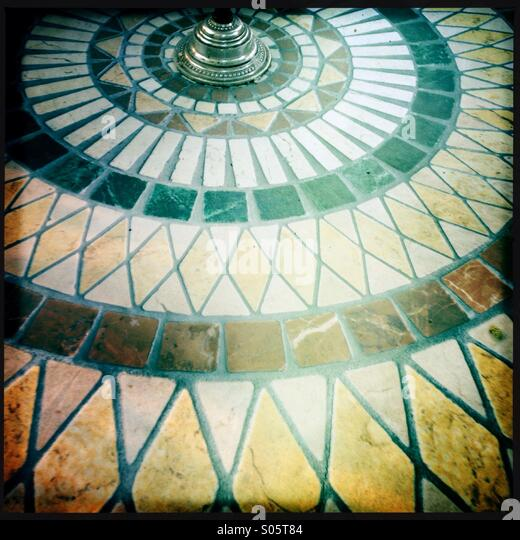 Tile Tables Stock Photos Amp Tile Tables Stock Images Alamy