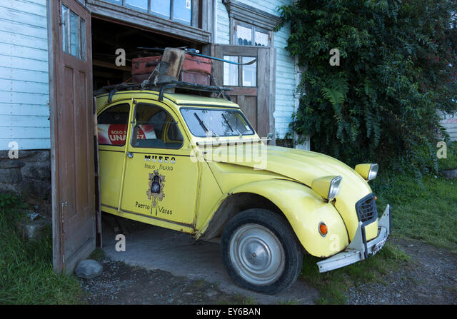 old citroen 2cv car stock photos old citroen 2cv car stock images alamy. Black Bedroom Furniture Sets. Home Design Ideas