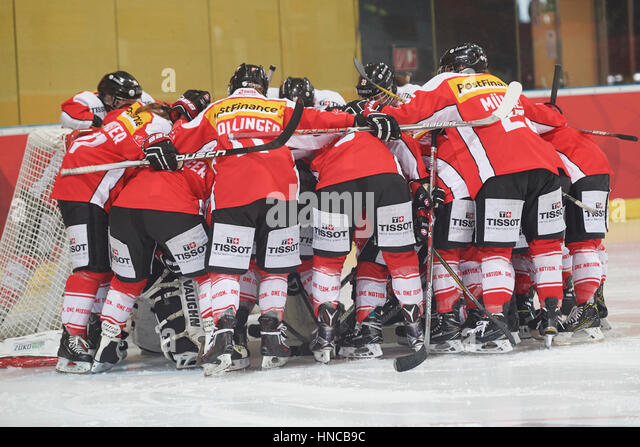 Team Spirit, Sport Team Spirit, Hockey Stock Photos & Team Spirit ...
