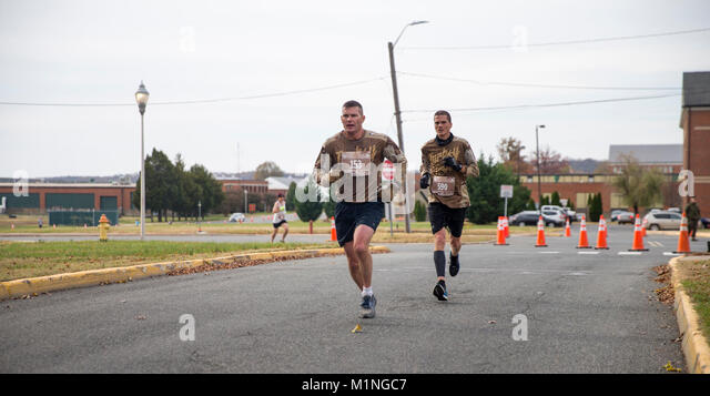Clingan stock photos clingan stock images alamy for Marine corps marathon shirt 2017