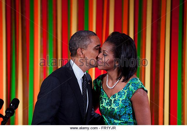 Michelle obama hugs team usa basketball wallpaper - ajoy name photo mats