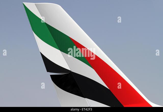 emirates tail logo - photo #23