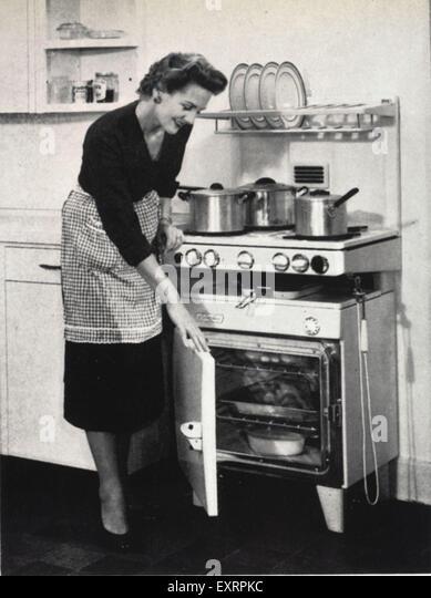 Woman Housework 1950s Stock Photos & Woman Housework 1950s ...