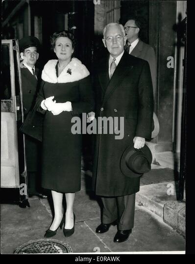 11 1958 U S Nuclear Chief Lunches With Prime Minister Mr