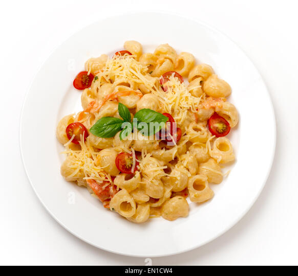 Gomiti Rigata Elbow Pasta Tossed With Tomatoes Cooked In Cream With Green Pesto