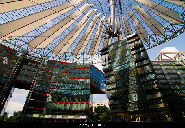 Berliner Platz 2 L Sungen sony building stock photos sony building stock images alamy