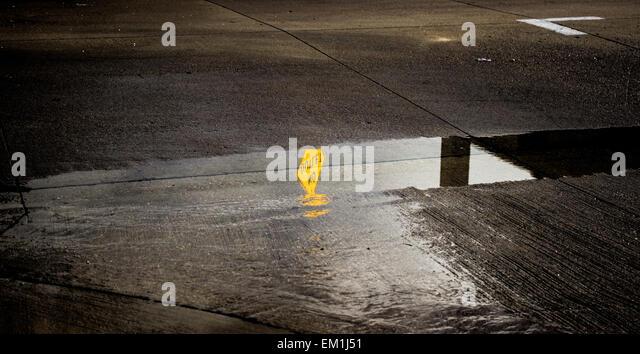 Road Sign Dead End Cul De Sac Stock Photos & Road Sign ...