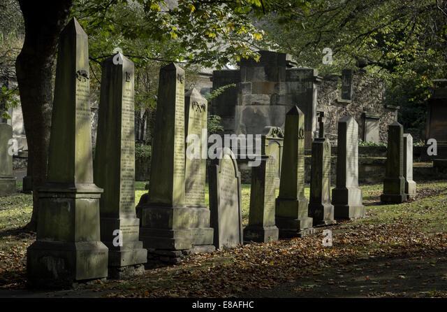 Discover Edinburgh's Old Jewish Cemetery - Urban Ghosts