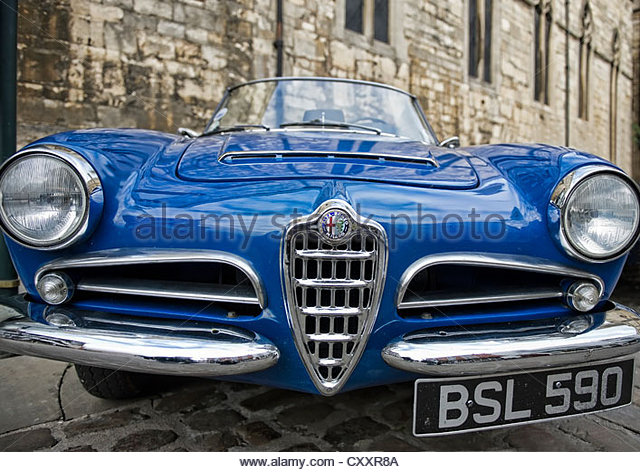 Superb A Low Front View Of A Old 1962 1600cc Guilia Spider Alfa Romeo Sports Car