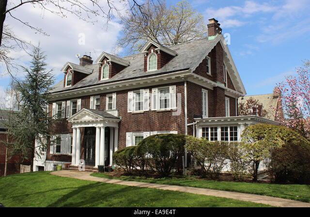 Georgian Revival House, Kew Gardens, Queens, New York - Stock Image