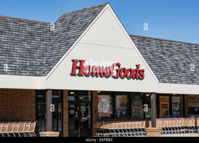 HomeGoods furnishing store exterior    Stock Image. Home Goods Stock Photos   Home Goods Stock Images   Alamy