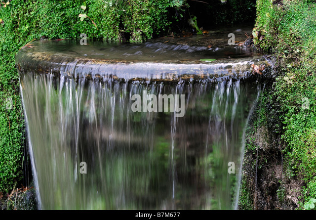 Japanese fountain stock photos japanese fountain stock for Japanese garden water fountain