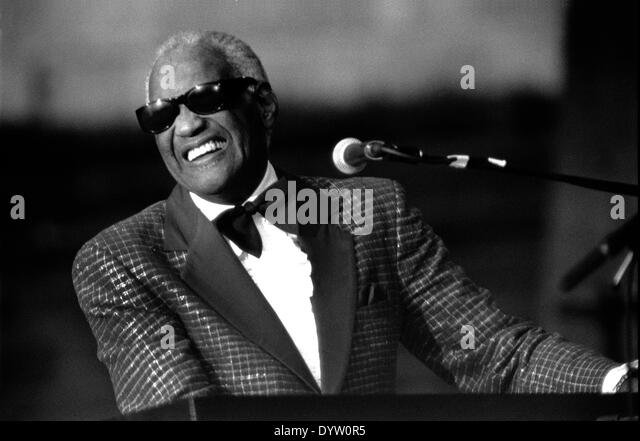a biography of ray charles robinson Born ray charles robinson, september 23, 1930, in albany, ga died of liver disease, june 10, 2004, in beverly hills, ca singer blind from the age of seven, ray charles became an influential innovator of rhythm & blues music and an inventor of soul, making more than 60 albums over a nearly 60-year period.