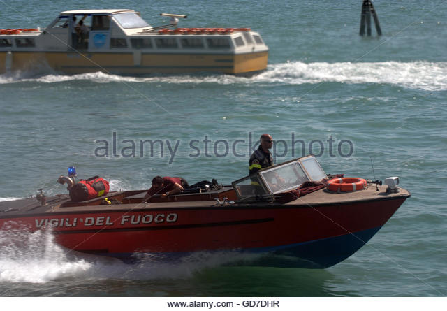 venice italy speed boats - photo#10