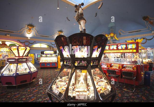 Arcade Machine Stock s & Arcade Machine Stock Alamy