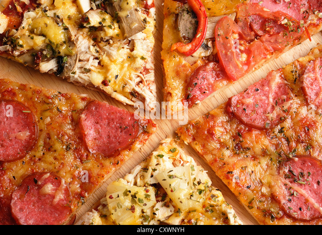 Pizza slices pepperoni stock photos pizza slices for Table 5 pizza