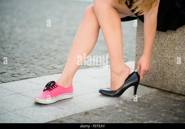 High Heel Shoes Pain Stock Photos &amp High Heel Shoes Pain Stock
