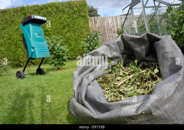 Garden Shredder Stock Photos Garden Shredder Stock Images Alamy