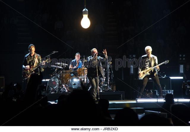 U2 Bono Stock Photos Amp U2 Bono Stock Images Alamy