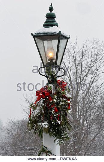 Christmas Lamp Post Snow Stock Photos & Christmas Lamp Post Snow ...
