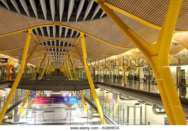 Barajas airport terminal 4 madrid stock photos barajas - Terminal ejecutiva barajas ...