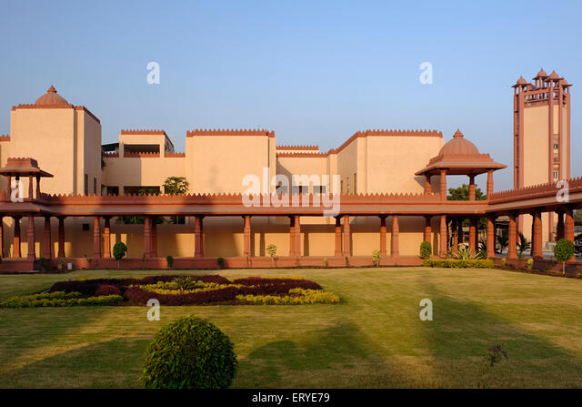 Gujarat Blue Temple Stock Photos & Gujarat Blue Temple ...