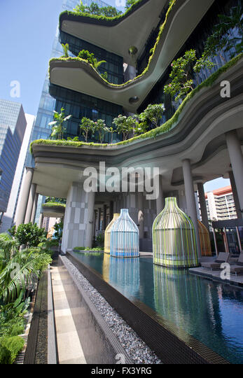 Singapore Park Royal Hotel pool - Stock Image