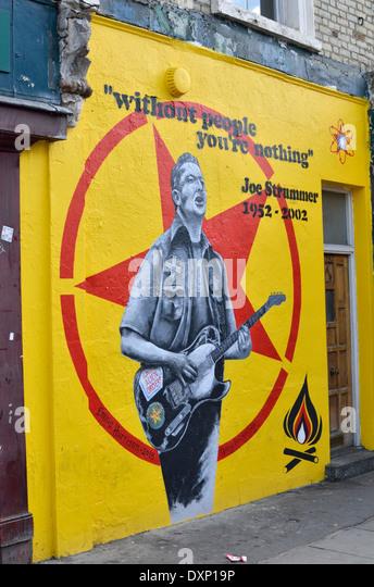 The joe strummer mural stock photos the joe strummer for Mural joe painting