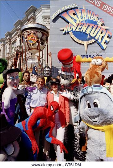Cartoon Characters Universal Studios : Universal studios islands of adventure stock photos