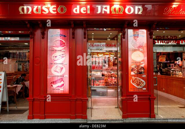 Museo Del Jamon Stock Photos & Museo Del Jamon Stock Images - Alamy
