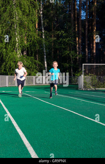 Kids Track And Field Stock Photos & Kids Track And Field ...