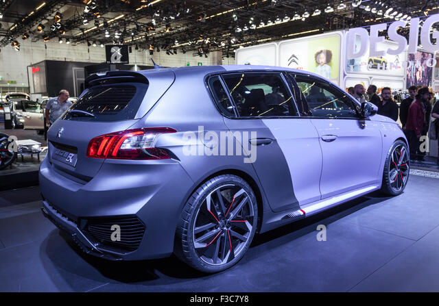 French r stock photos french r stock images alamy for Peugeot peronne