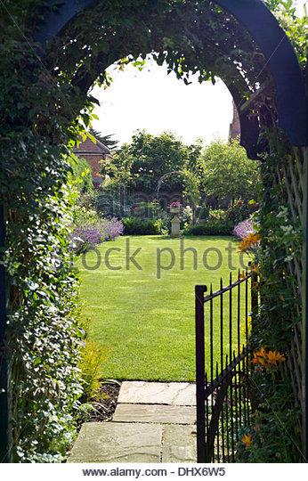 Garden Gate Arch Stock Photos & Garden Gate Arch Stock ...