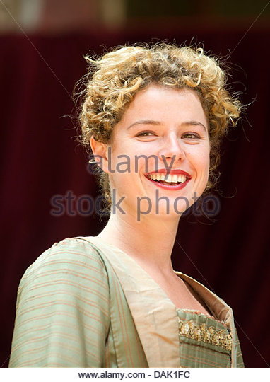 jessie buckley - photo #18
