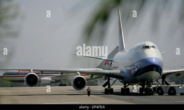 Aug 10 2006 los angeles stock photos aug 10 2006 los - China southern airlines london office ...