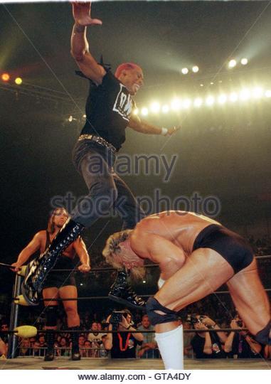 Hulk Hogan Wrestling Stock Photos Amp Hulk Hogan Wrestling Stock Images Alamy