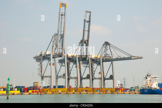 Telescopic Cranes Vancouver : Gantry cranes stock photos images