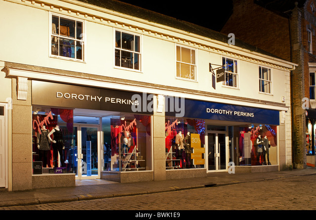 The best alternative sites to Dorothy Perkins for online shopping. Looking for fashion websites like Dorothy Perkins? Look no further. Online stores like Dorothy Perkins can be hard to find, so we've put together this guide for you when you need a little inspiration.