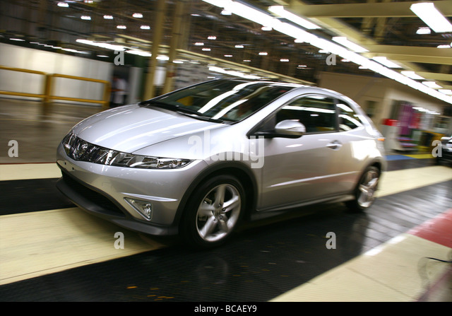 Honda Factory Swindon UK  Honda Civics At The End Of The Production Line    Stock