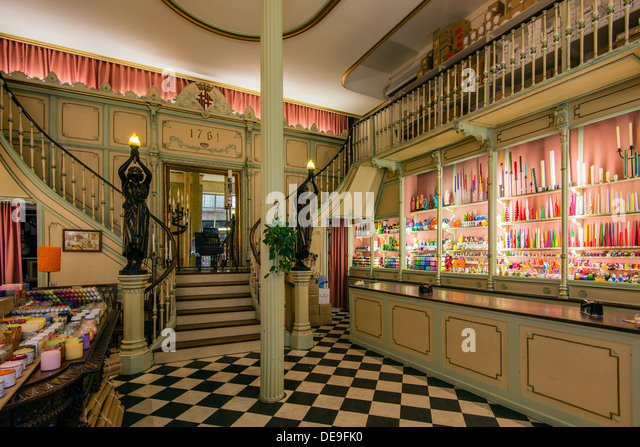 Subira stock photos subira stock images alamy for Escoles de disseny d interiors a barcelona