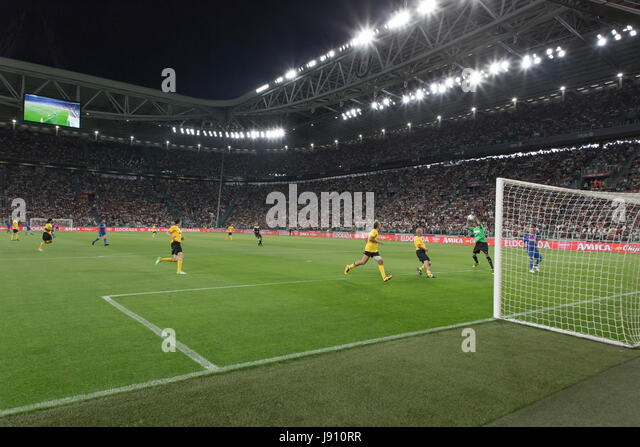 Turin, Italy. 30th May, 2017. Football Charity Match, La Partita del Cuore 2017.Juventus Stadiun, Turin. Singers - Stock Image