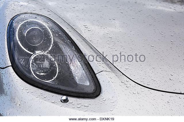 how to close car bonnet