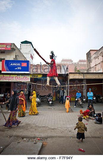 landing india rajasthan jaipur girls