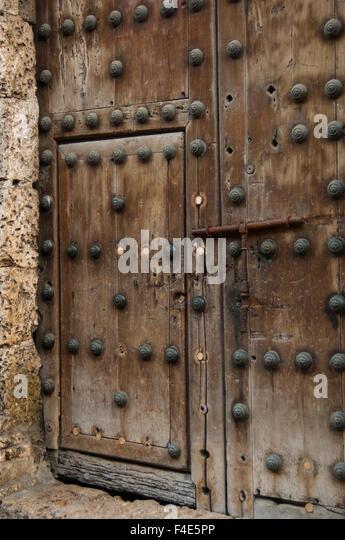 Old Ornate Wooden Heavy Door Stock Photos Old Ornate Wooden & Images of Heavy Wooden Doors - Losro.com
