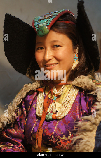 Ladakh dress name with images