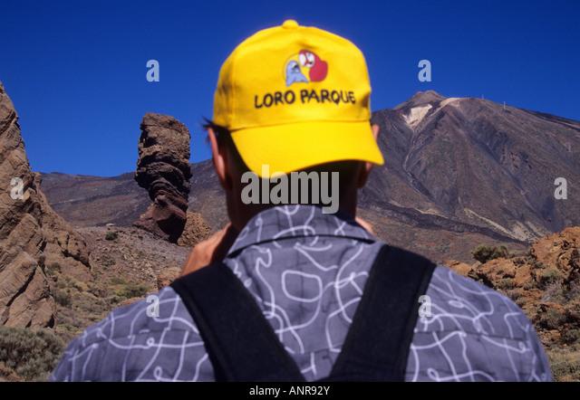 cinchado-rock-and-teide-volcano-at-the-back-tenerife-island-canary-anr92y.jpg