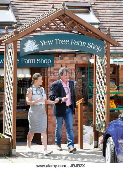 Garden Furniture Yew Tree Farm yew furniture stock photos & yew furniture stock images - alamy