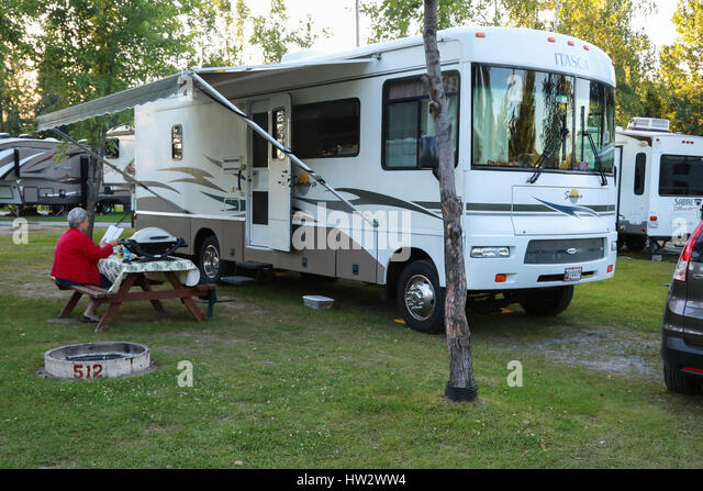 Winnebago motorhome stock photos winnebago motorhome for Camping jardin de mon pere