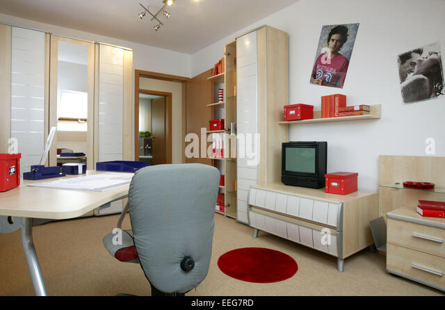 Stuh stock photos stuh stock images alamy for Einrichtung jugendzimmer